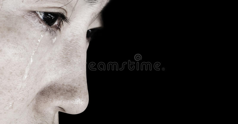 Mujer desesperada con el rasgón imagen de archivo