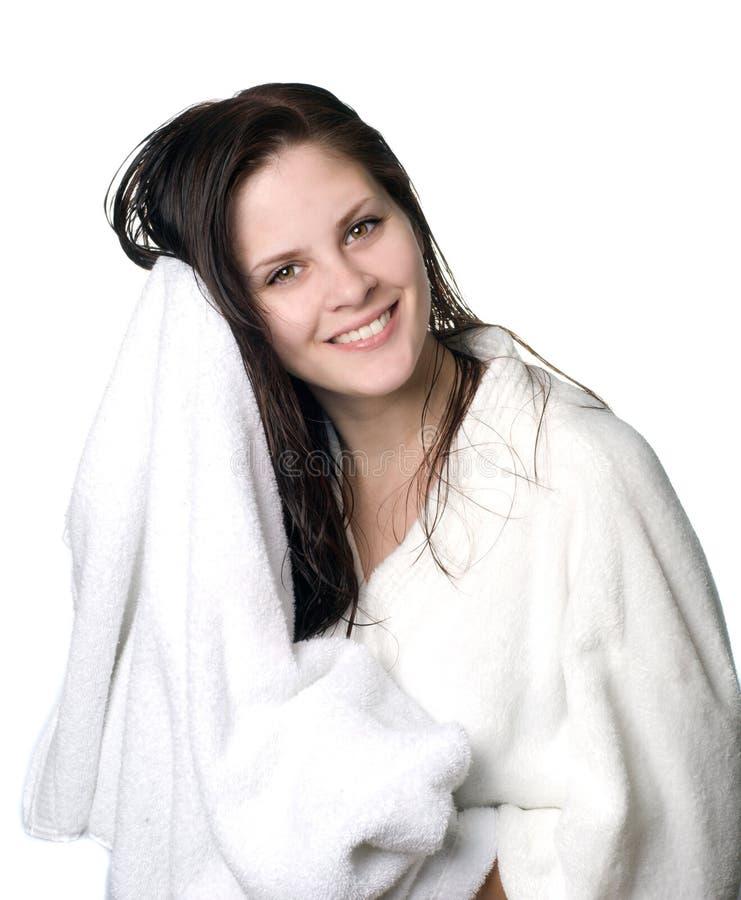 Mujer después de la ducha fotografía de archivo libre de regalías