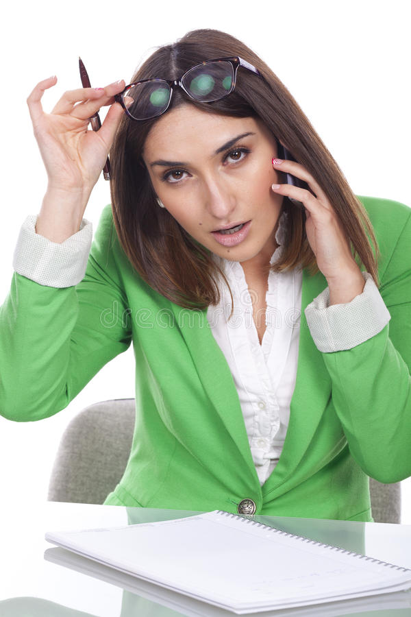 Mujer ejecutiva pensativa foto de archivo