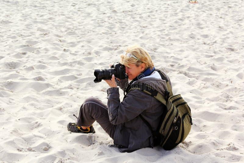 Mujer el fotógrafo fotos de archivo libres de regalías