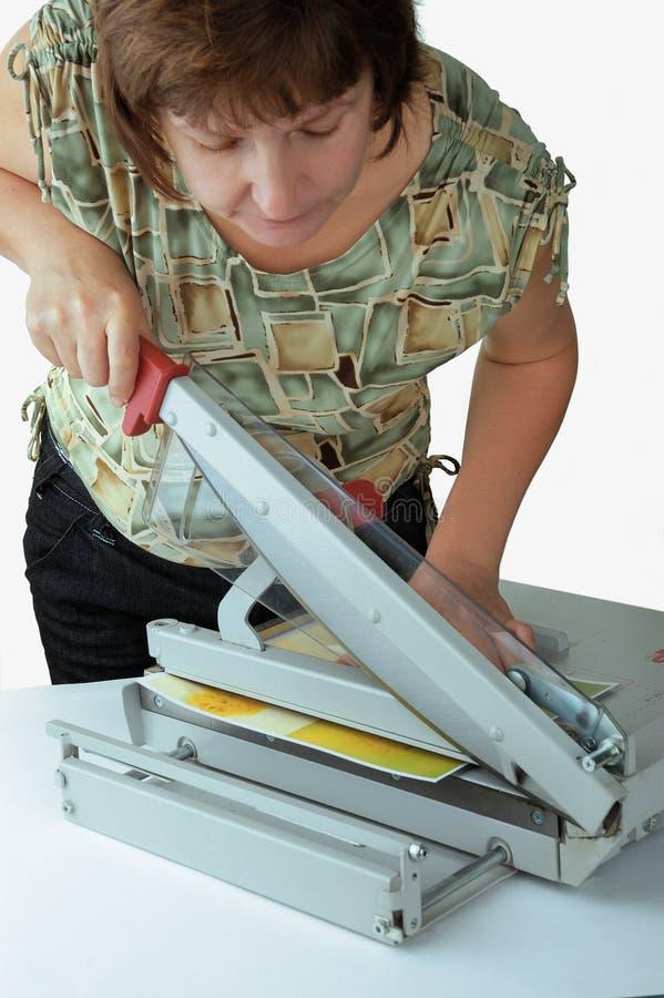 Mujer el trabajador en la oficina imagen de archivo libre de regalías