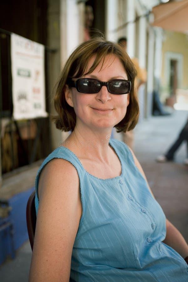 Mujer el vacaciones fotografía de archivo libre de regalías