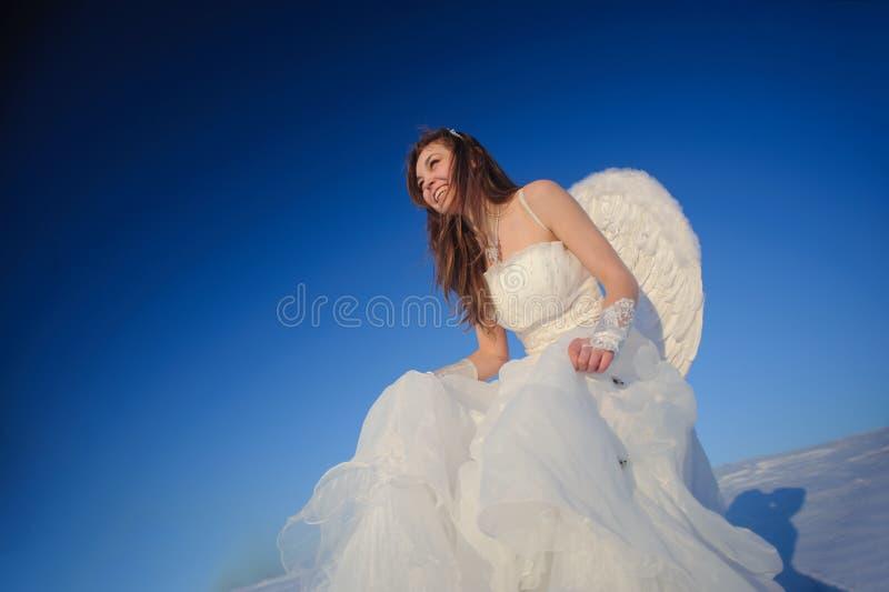 Mujer en alineada de boda fotografía de archivo libre de regalías