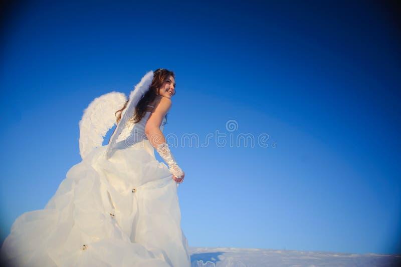 Mujer en alineada de boda fotos de archivo