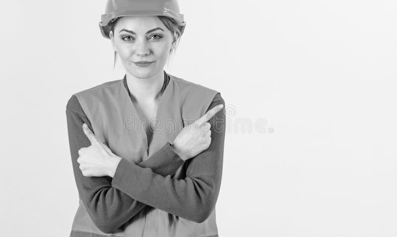 Mujer en cara sonriente, arquitecto, ingeniero, fondo blanco foto de archivo libre de regalías
