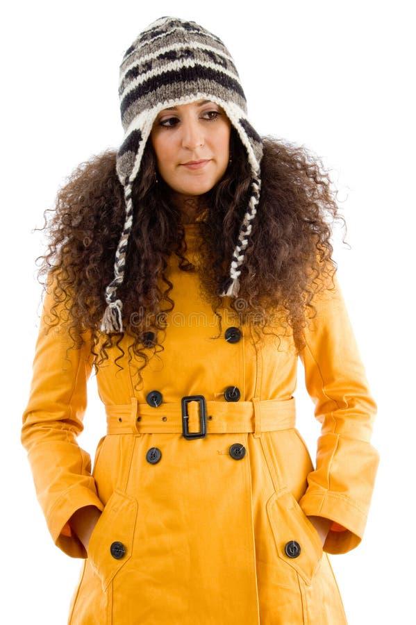 Mujer en casquillo de lana fotos de archivo libres de regalías