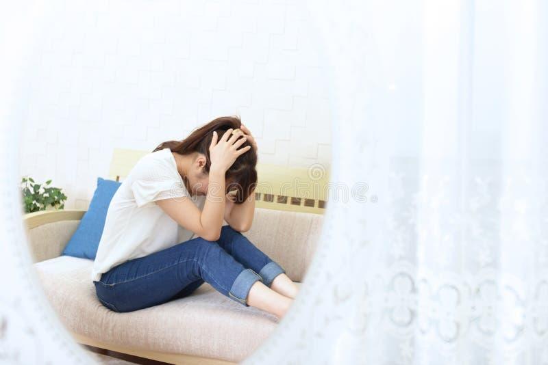 Mujer en la depresión fotos de archivo libres de regalías
