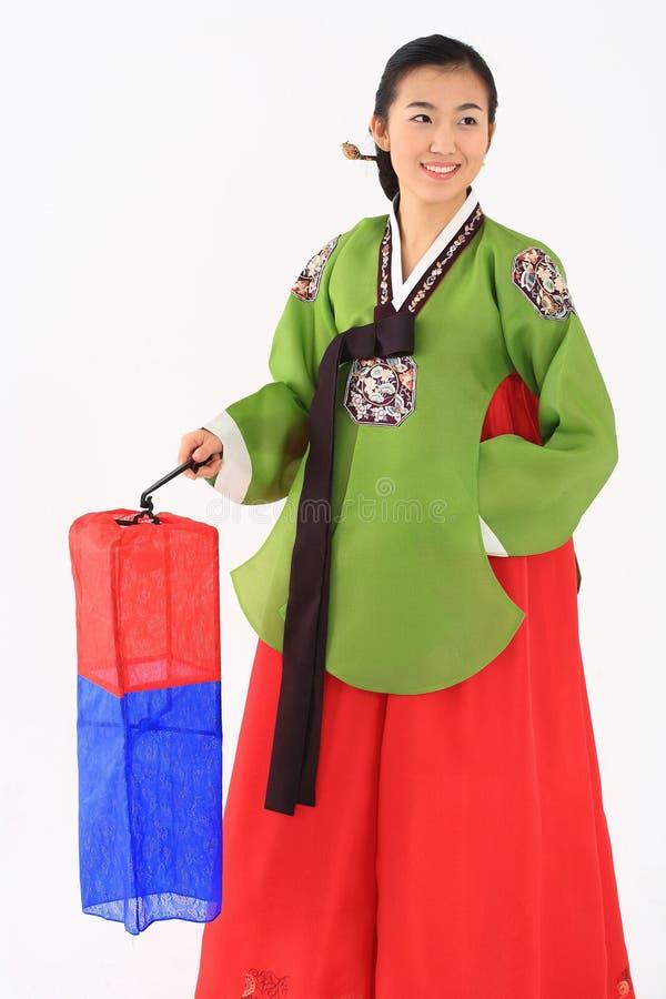 Mujer en vestido coreano foto de archivo
