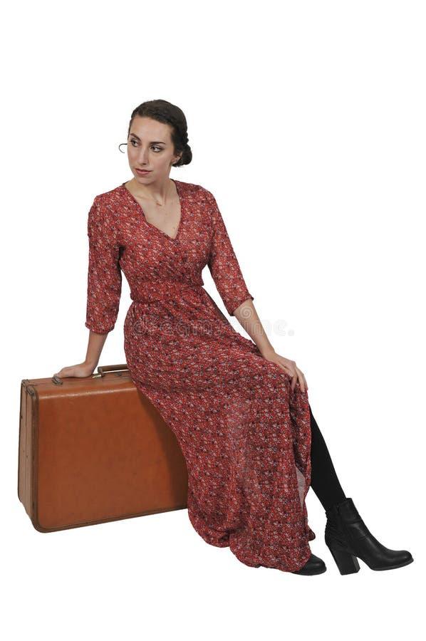 Mujer encendido o yendo el vacaciones foto de archivo