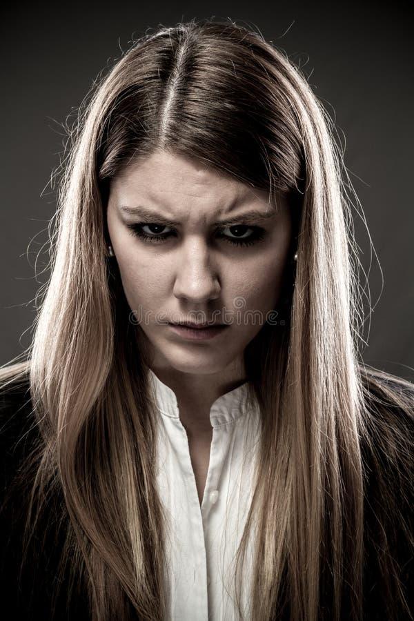Mujer enojada imagen de archivo