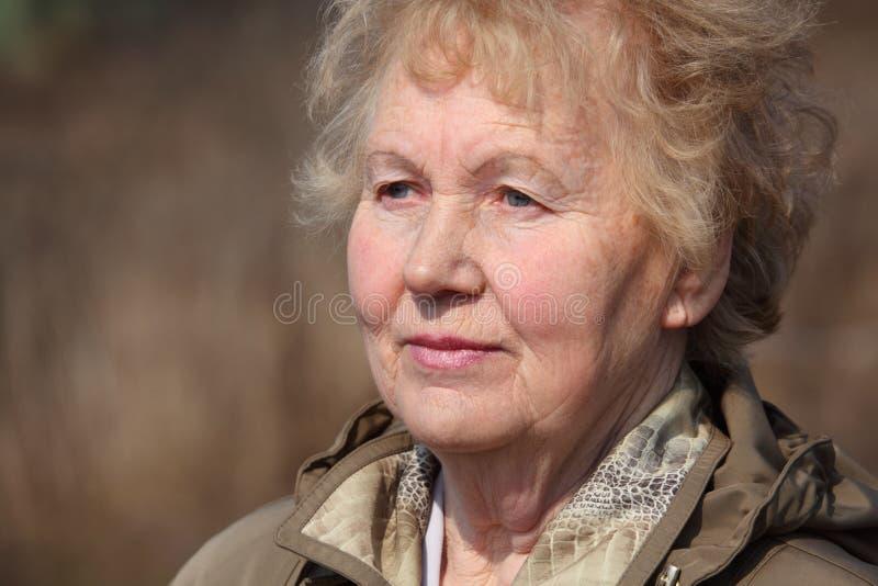 Mujer envejecida fotografía de archivo libre de regalías