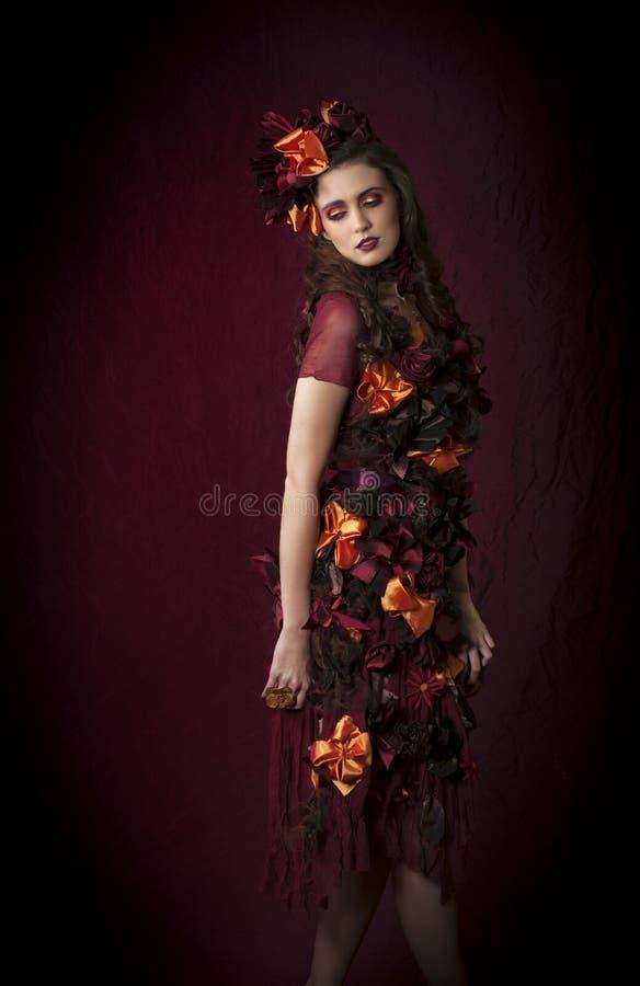 Mujer floral de la fantasía del otoño imagen de archivo