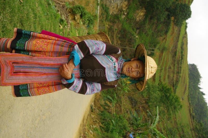 Mujer florecida de Hmong foto de archivo libre de regalías