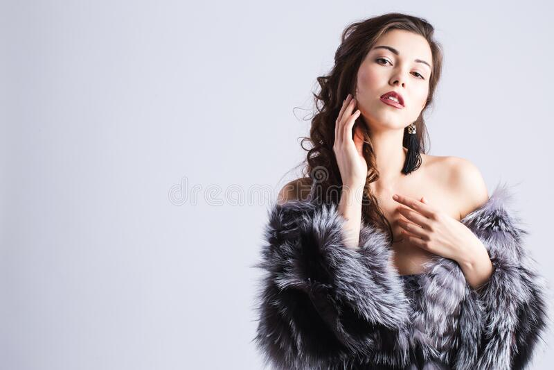 Mujer glamurosa Moda fotografía de archivo libre de regalías