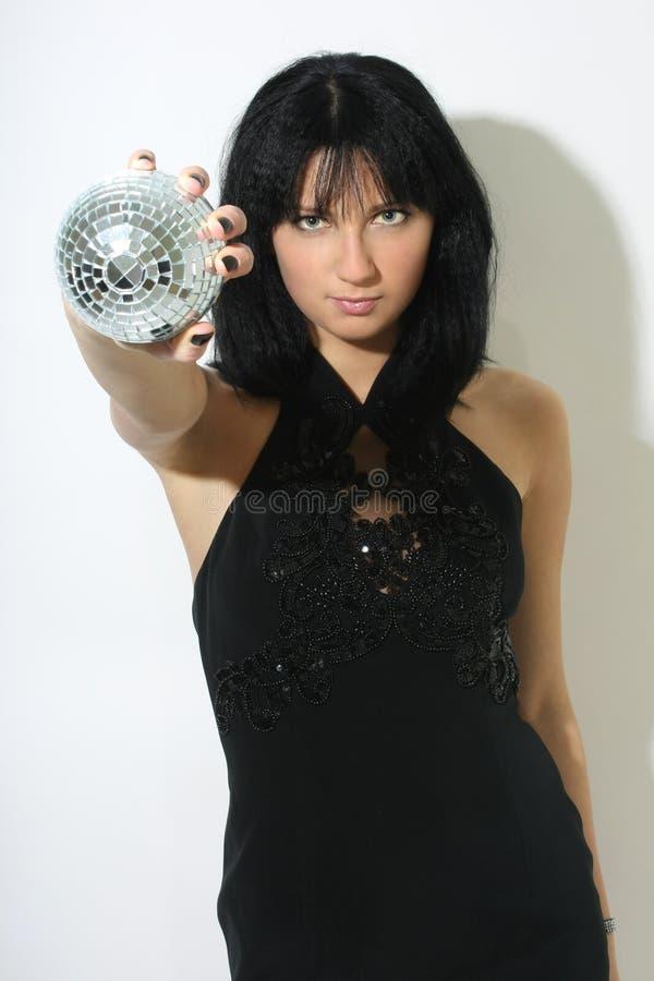 Mujer hermosa con el discoball fotos de archivo libres de regalías