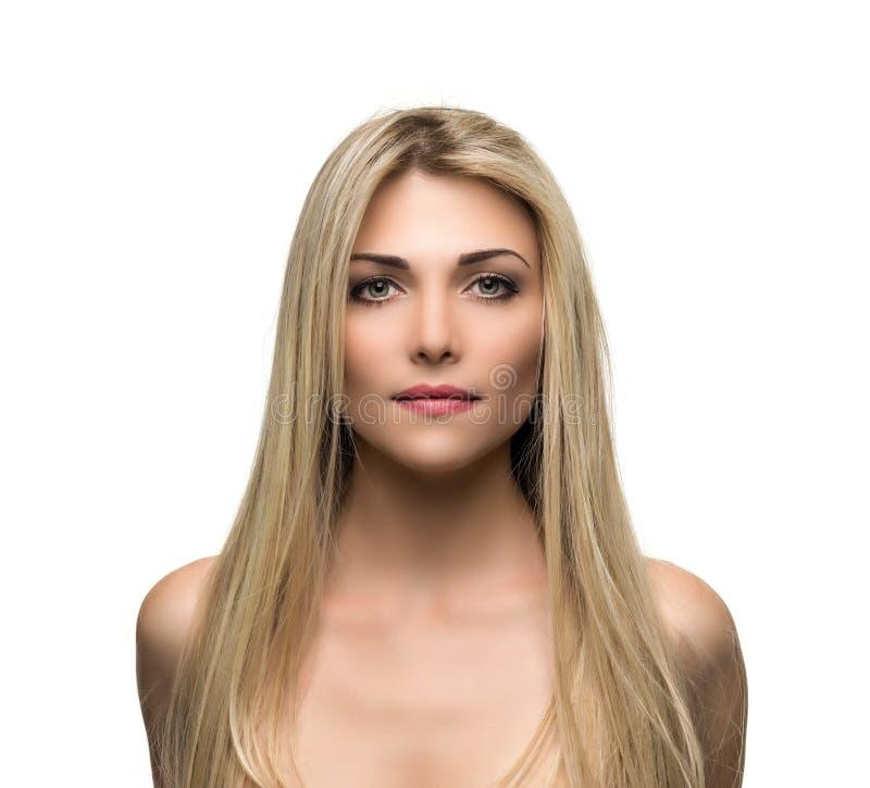 Mujer hermosa con el pelo rubio de largo recto imágenes de archivo libres de regalías