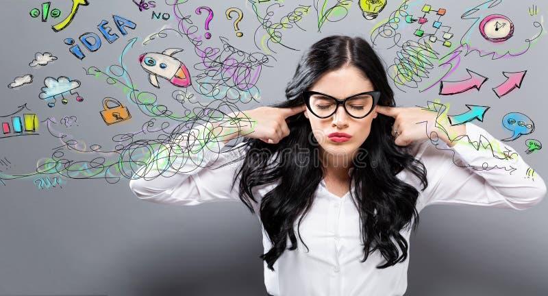 Mujer infeliz con muchos pensamientos imagen de archivo