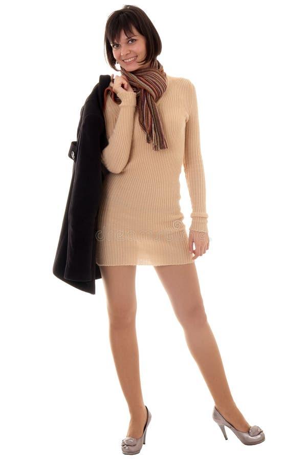 Download Mujer joven con el abrigo imagen de archivo. Imagen de hermoso - 7286037