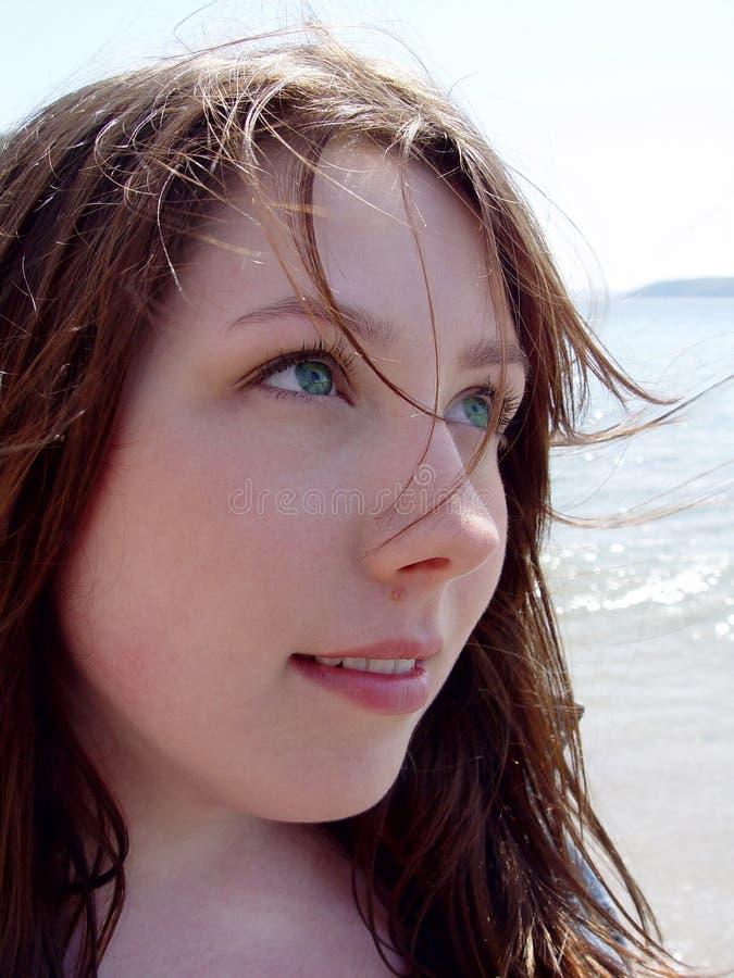 Download Mujer Joven Con Los Ojos Verdes Imagen de archivo - Imagen de muchachas, maquillaje: 185381