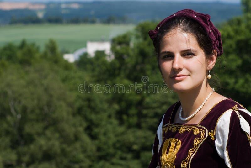Mujer joven en alineada del renacimiento fotografía de archivo libre de regalías