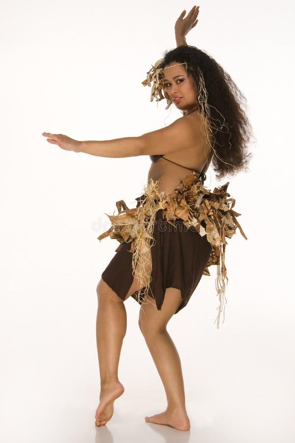 Mujer joven en el equipo de Tahitian imagenes de archivo