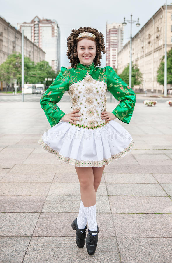 Asombroso Plantilla De Vestido De Baile Irlandés Galería - Colección ...