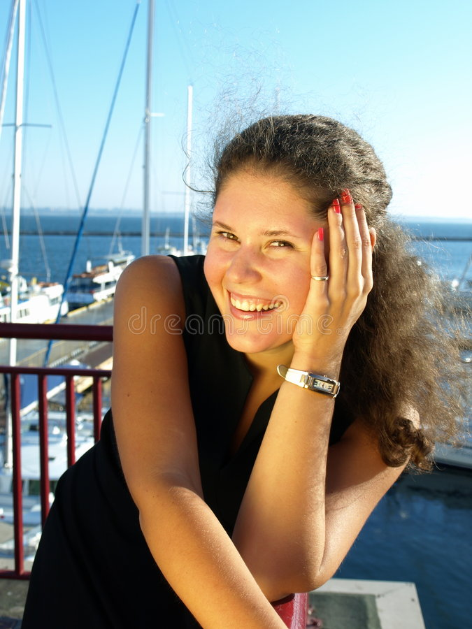 Mujer joven feliz imagenes de archivo