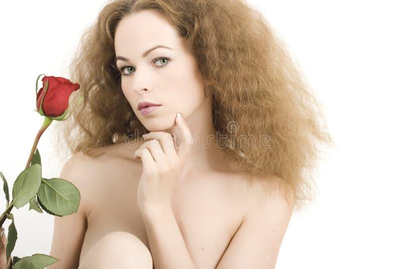 Mujer joven hermosa con la piel sana imagen de archivo libre de regalías