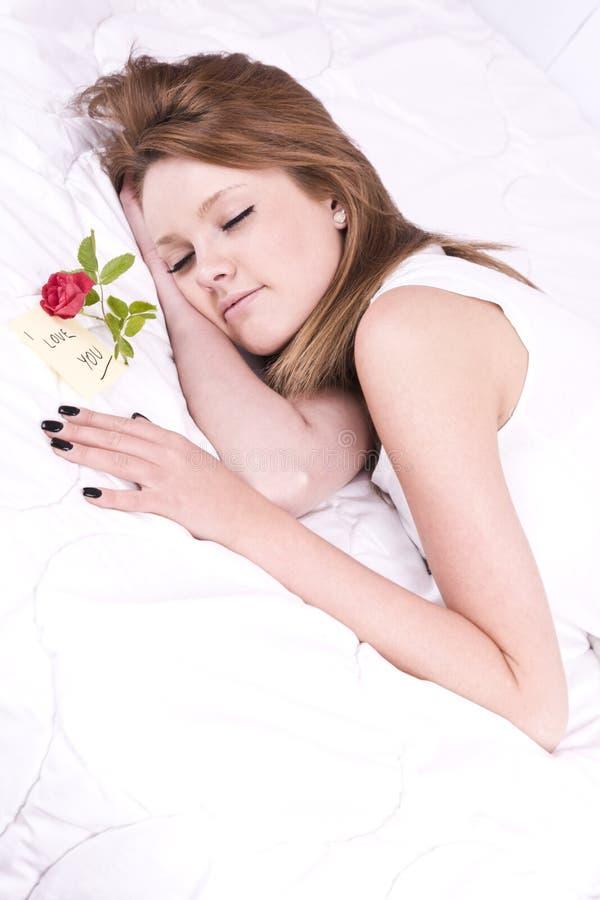 Download Mujer Joven Hermosa En Cama Foto de archivo - Imagen de belleza, felicidad: 41909924