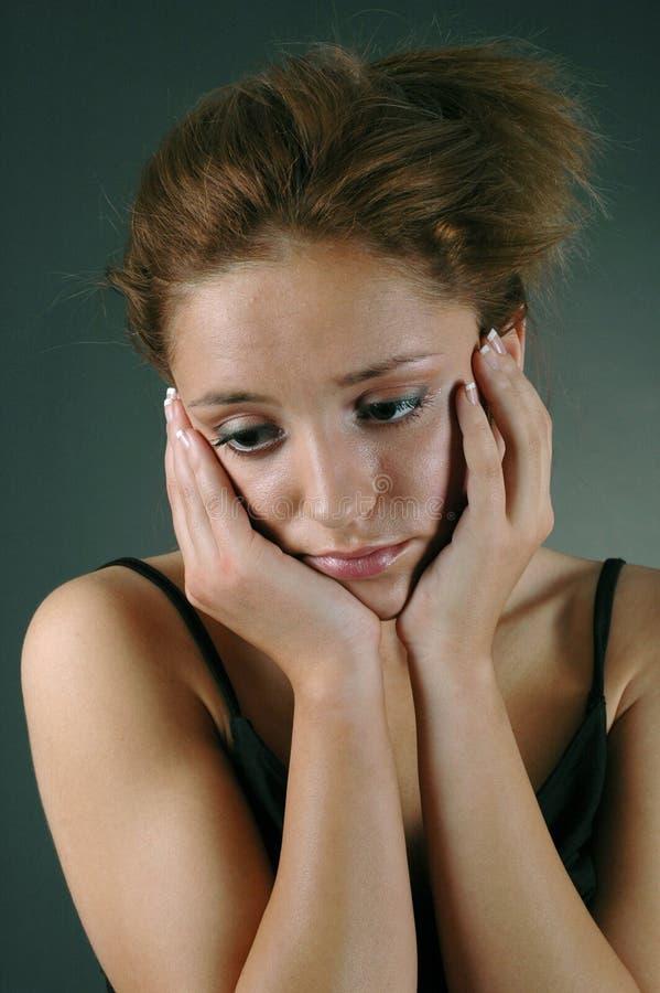 Mujer joven triste imágenes de archivo libres de regalías