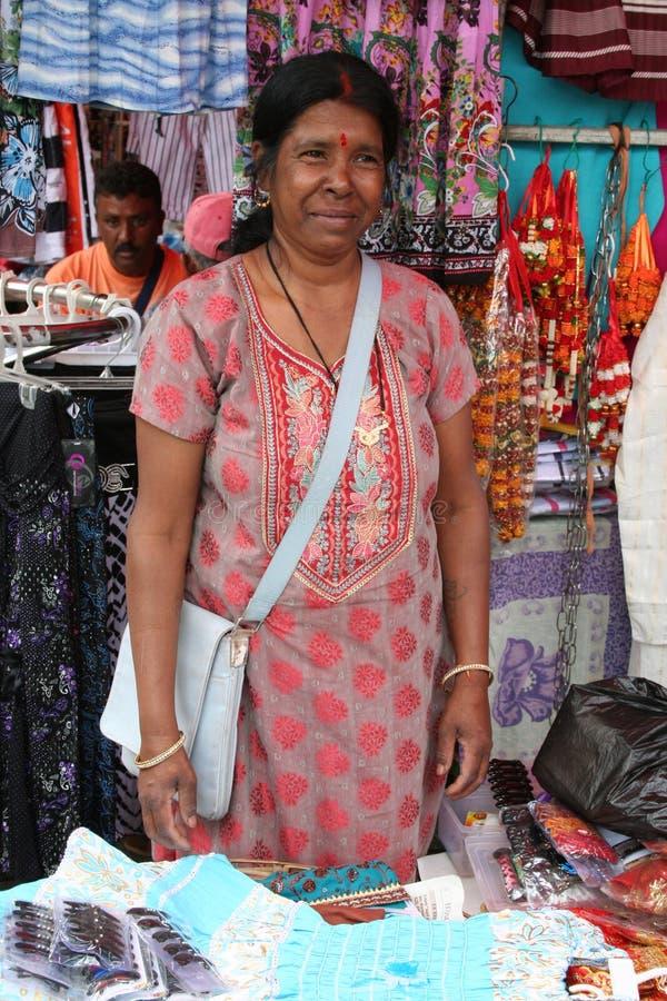 Mujer Mauriciana - Escena Del Mercado Foto de archivo editorial