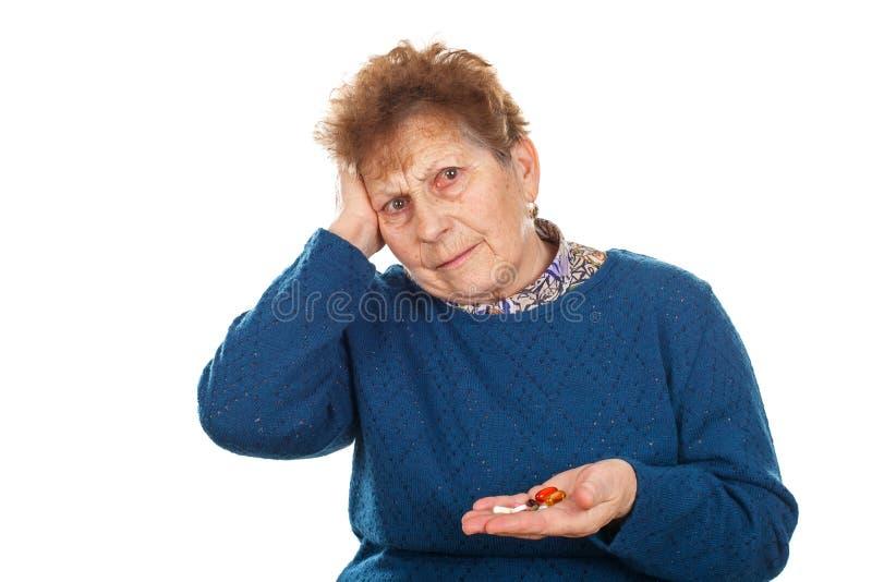 Mujer mayor enferma fotos de archivo libres de regalías