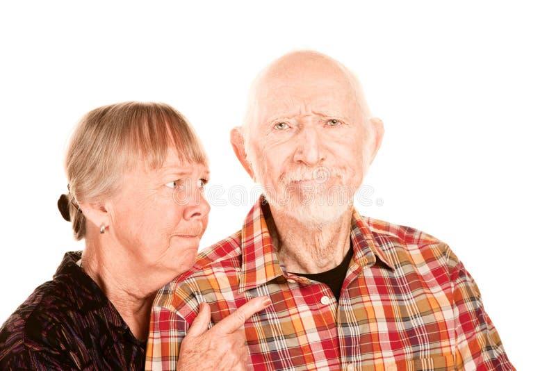 Mujer mayor que discute con el hombre fotografía de archivo libre de regalías