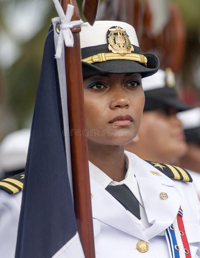 Mujer militar dominicana fotografía de archivo
