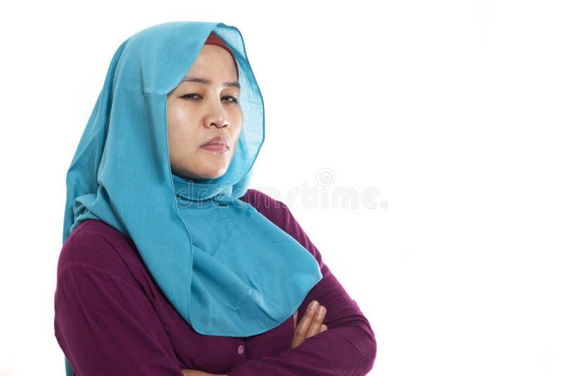 Mujer musulmán cínica enojada fotografía de archivo