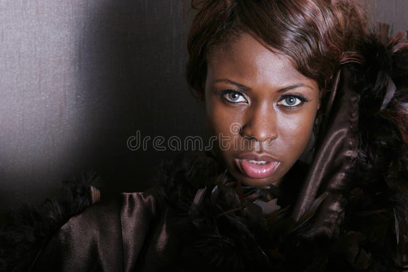 Mujer negra atractiva fotos de archivo