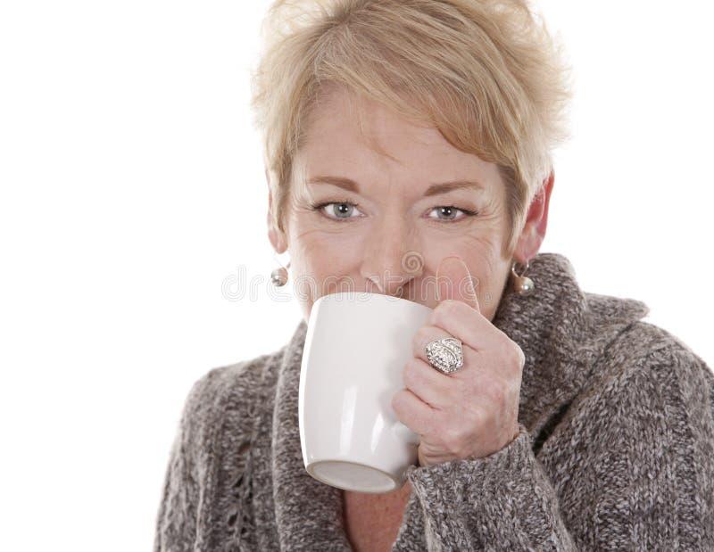 Mujer ocasional foto de archivo libre de regalías