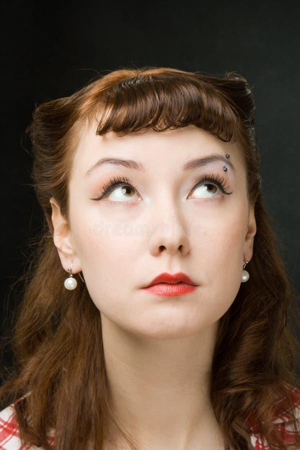 Mujer pensativa del retro-estilo imágenes de archivo libres de regalías