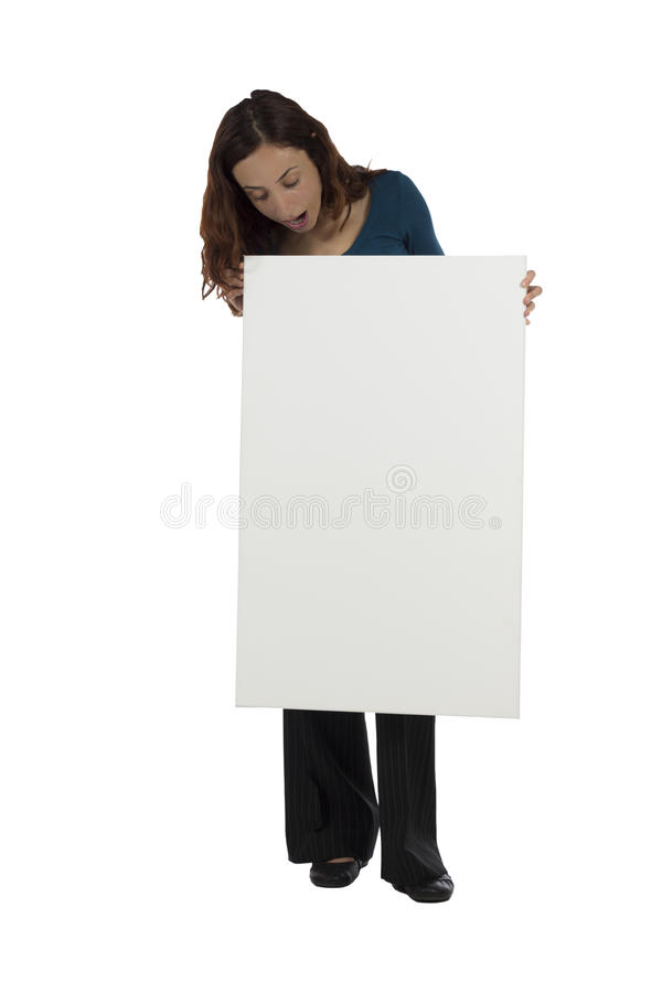 Download Mujer Que Mira Una Cartelera En Blanco Con Una Mirada Sorprendida Imagen de archivo - Imagen de caucásico, cara: 44852949