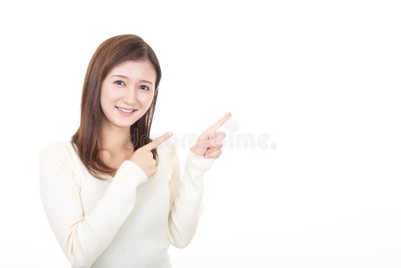 Mujer que se?ala con sus fingeres fotos de archivo libres de regalías
