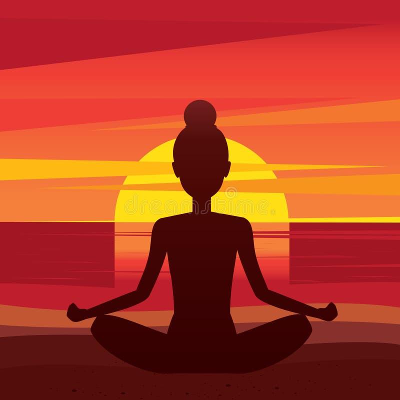 Mujer que se sienta en padmasana de la actitud de la yoga en la playa stock de ilustración