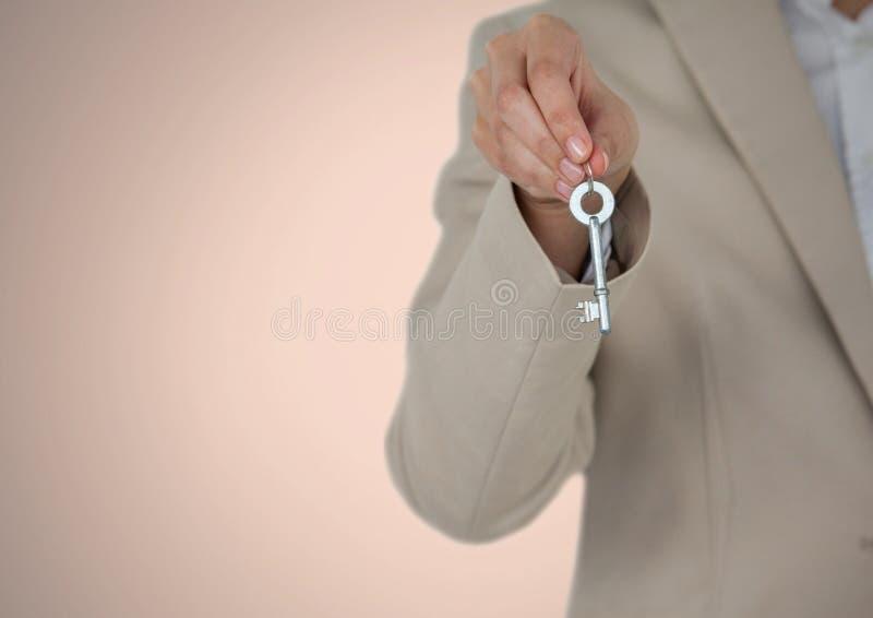 Mujer que se sostiene dominante delante de la ilustración foto de archivo