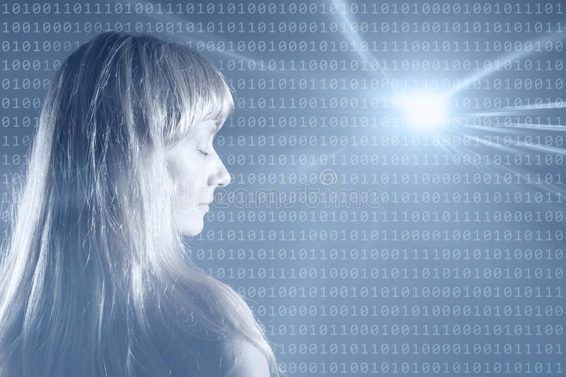 Mujer que sueña con el fondo abstracto de los números binarios imagenes de archivo