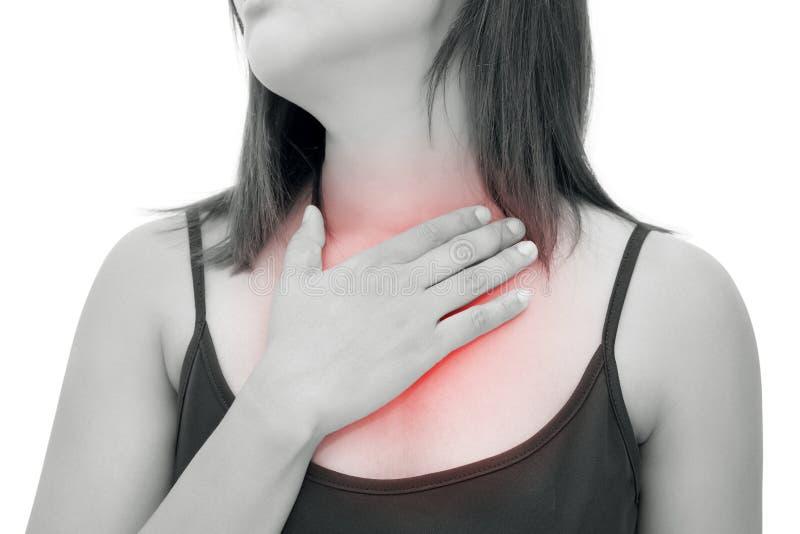 Mujer que sufre de reflujo ácido o de ardor de estómago fotos de archivo