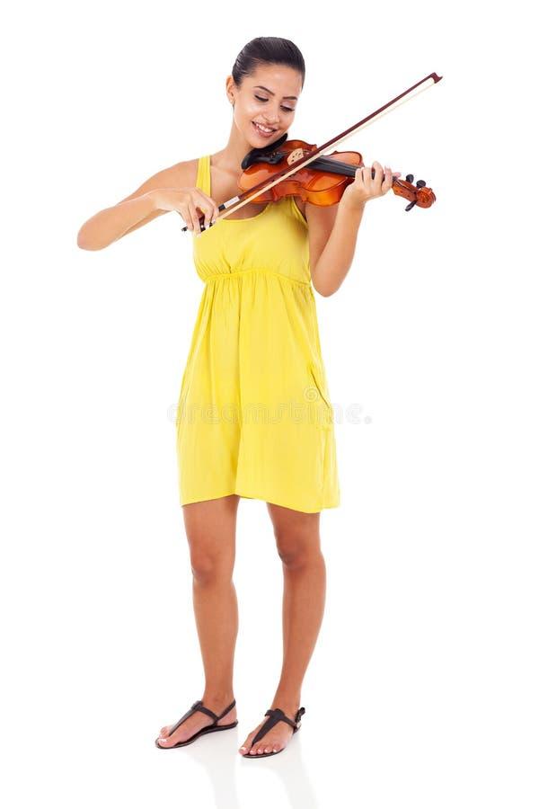 Mujer que toca el violín foto de archivo libre de regalías