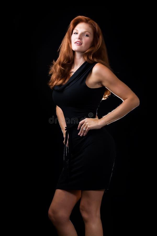 Mujer roja hermosa del pelo imágenes de archivo libres de regalías