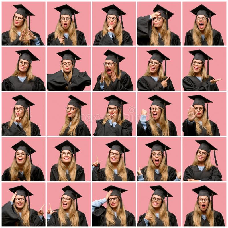 Mujer rubia hermosa joven con el casquillo de la graduación imagen de archivo