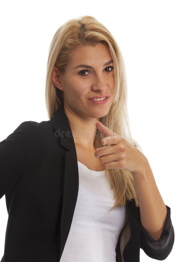 Mujer rubia joven atractiva fotografía de archivo