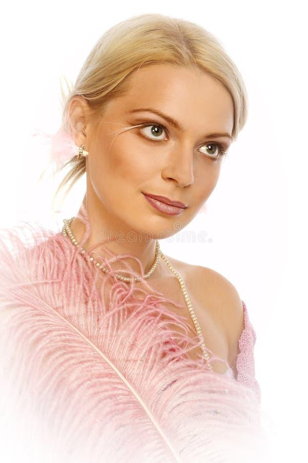 Mujer rubia joven hermosa. Retrato. imagen de archivo