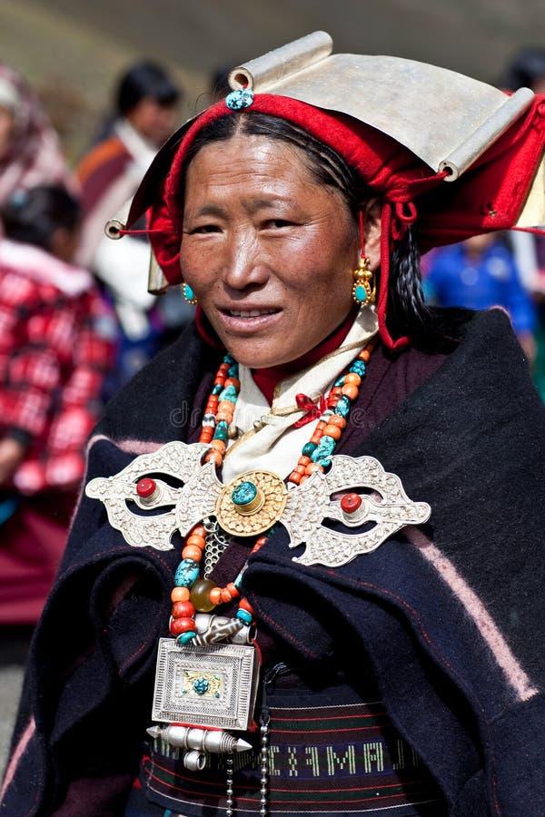 Mujer tibetana en Dolpo, Nepal fotografía de archivo libre de regalías